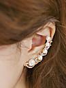 Pentru femei Perle Cătușe pentru urechi / Un Cercel / Cățărătorii de urechi - Perle, Imitație de Perle, Zirconiu Cubic Personalizat, Modă Auriu Pentru