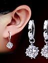 Pentru femei Cercei - Perle, Imitație de Perle Modă Argintiu Pentru Petrecere / Zilnic