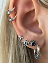 Pentru femei Cercei Stud Cătușe pentru urechi Vintage Stâncă Aliaj Geometric Shape Bijuterii Pentru Ieșire Măr